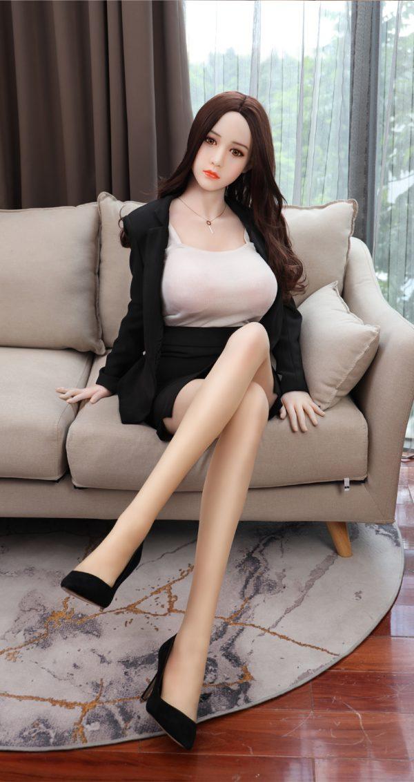 Búp bê tình dục cô gái Nhật cao 1m68 nặng 40kg